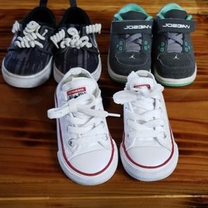 3 pairs of shoes size 5 Converse Nike-Jordan